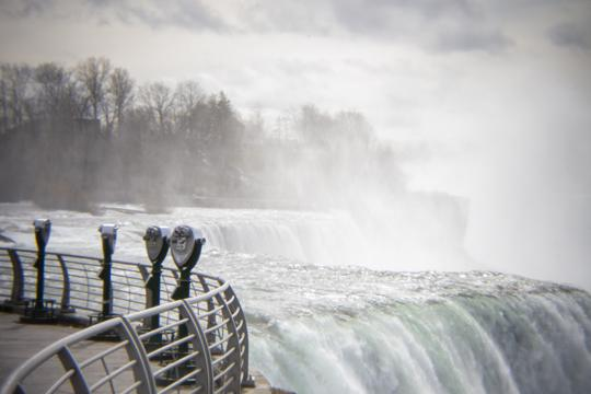 A photo showing the empty tourist area and the falls by Laura Chenault – Exploring Prospect Point at Niagara Falls State Park