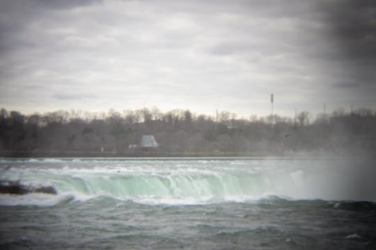 Photo of the horseshow falls and across to Canada by Laura Chenault – Exploring Terrapin Point at Niagara Falls State Park